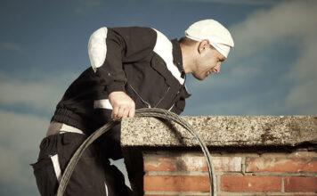 Jak czyścić komin w domu